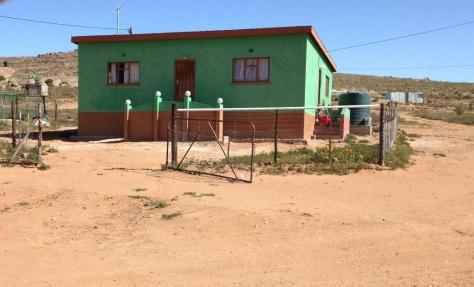 Soebatsfontein (pop 276)