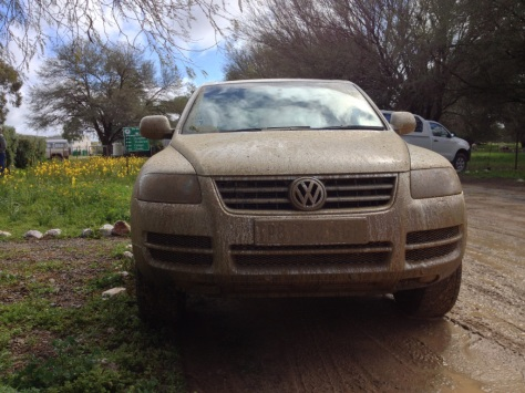 Touareg after a mudbath (find the number plate)