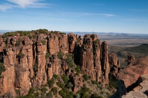 Camdeboo NP - Valley of Desolation