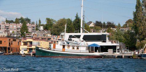 Seattle - Touring the harbour - houseboats and floating houses