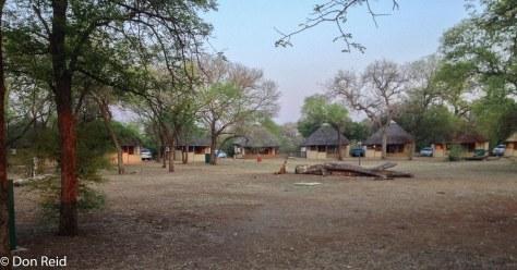 Satara - circle of chalets