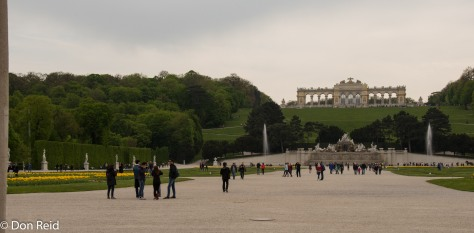 Schonbrunn Palace - view towards the hill