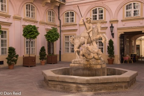 Primate's Residence : Fountain of St George and the dragon