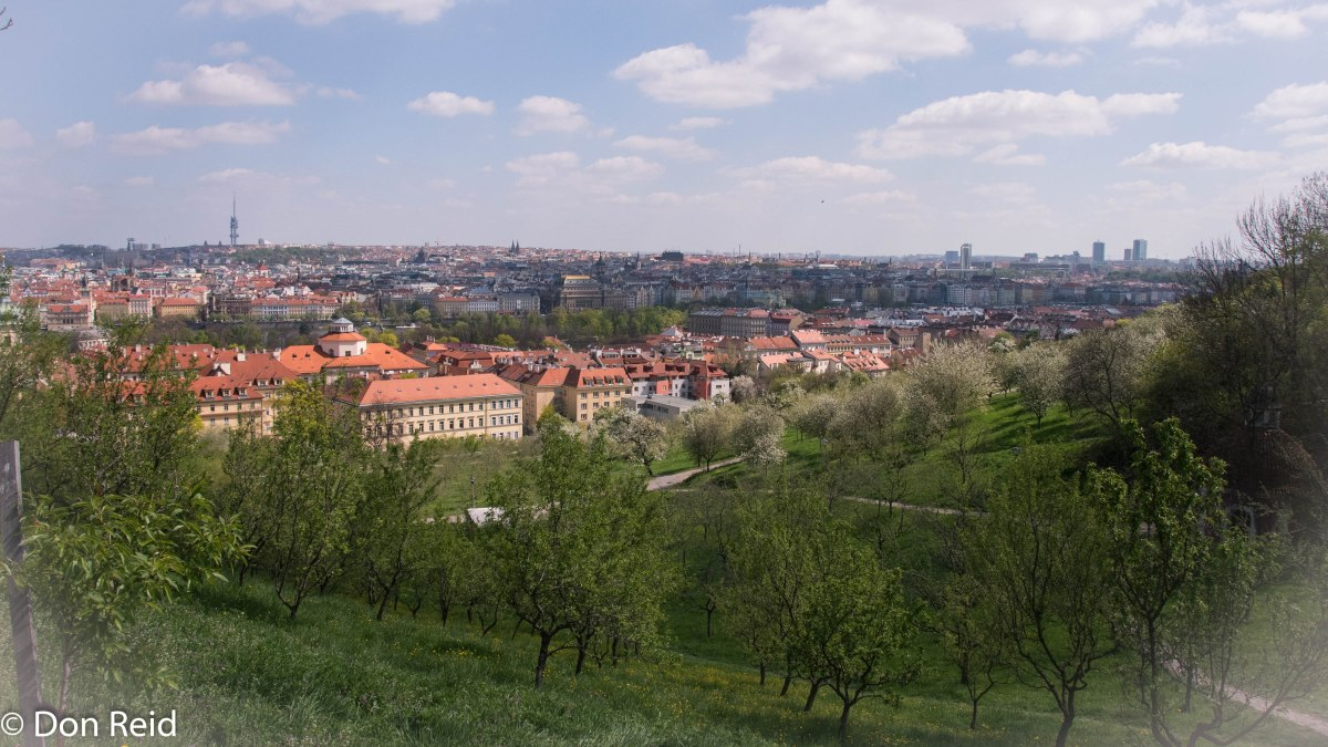 Czech it out - Prague : Hills and a Palace